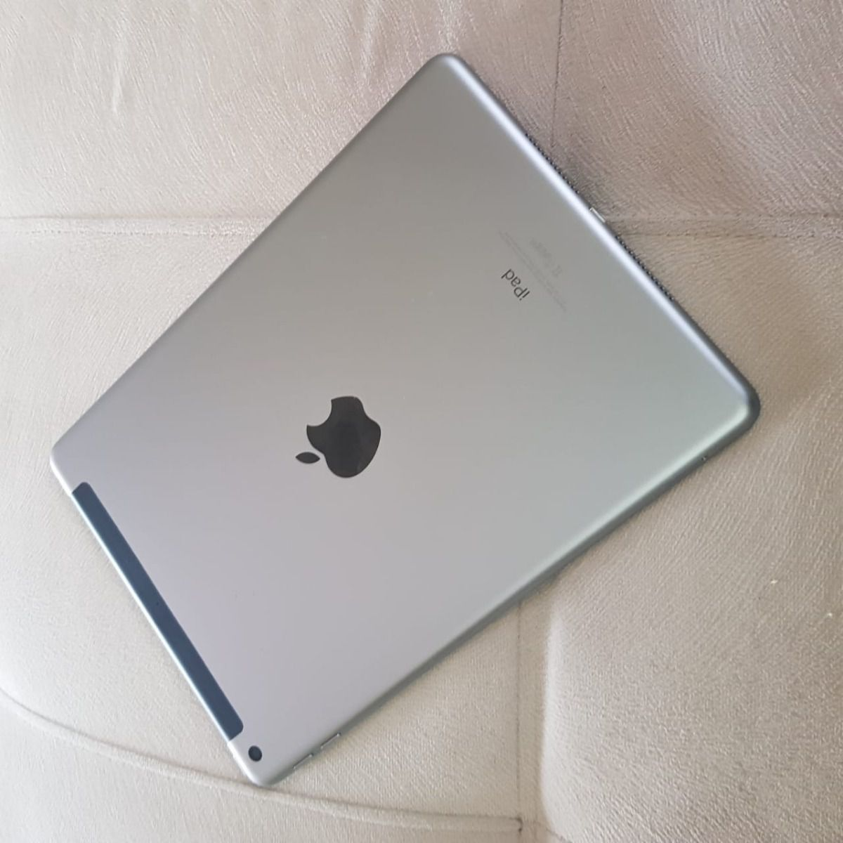 IPAD 6TH WIFI 4G 32GB CINZA ESPACIAL - MR6N2BZ/A