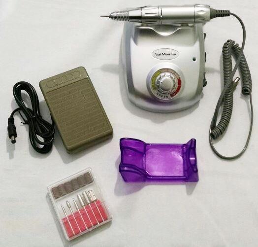Lixa Elétrica Nail Master 20.000 Rpm Bivolt Cor Prata