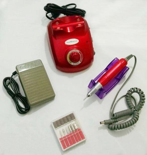 Lixa Elétrica Nail Master 20.000 Rpm Bivolt Cor Vermelho