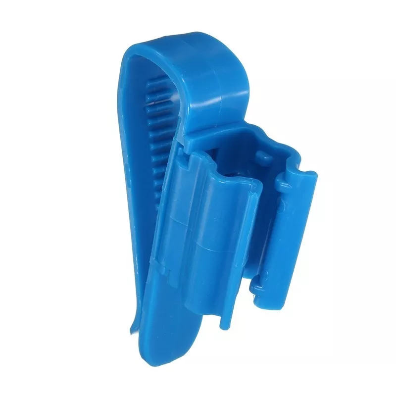 Clip ajustável para fixar mangueiras e auto sifão.