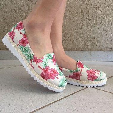 Alpargata Bege com Estampa Floral Sua Cia