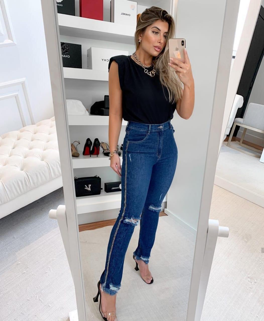 Calça Skinny Jeans Cós Alto Lycra e Detalhe de Strass