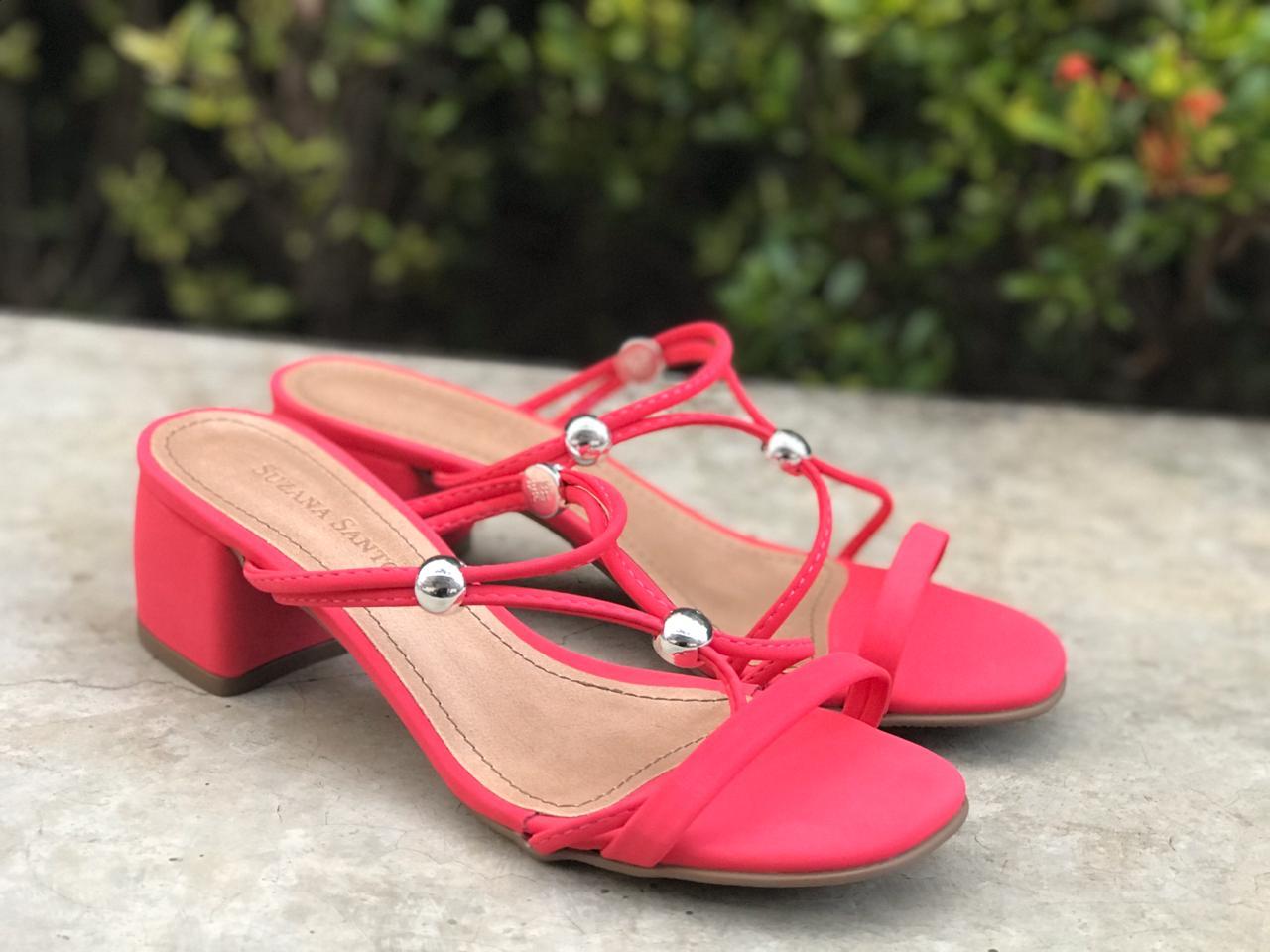 Sandália de Nobuck Pink com Tiras 2 em 1 Suzana Santos