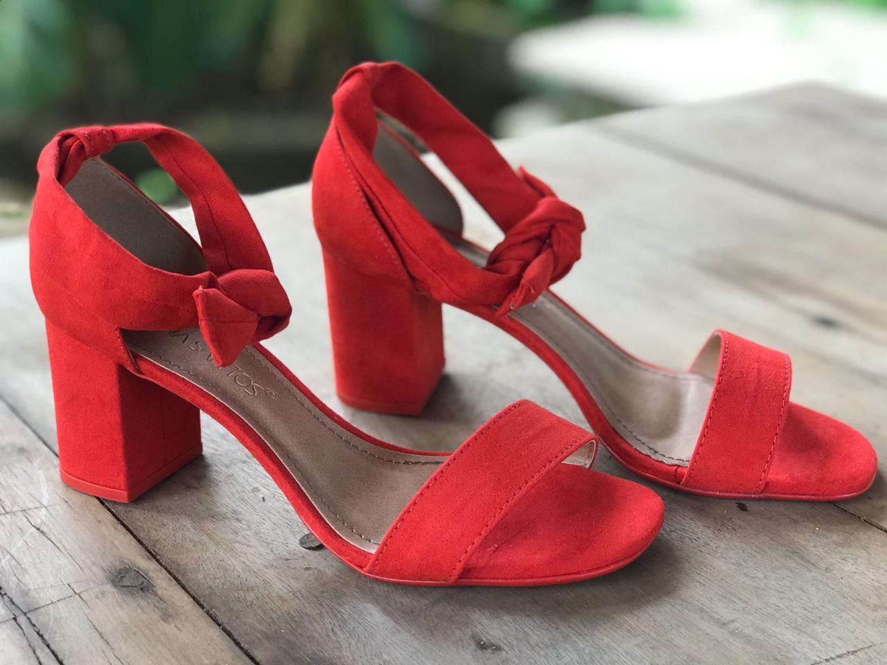 Sandália de Suede Vermelho com Amarração Suzana Santos