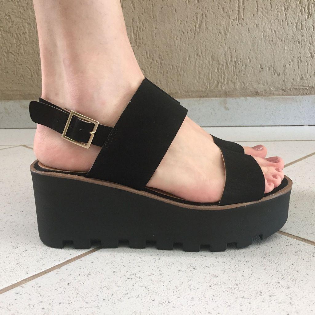 Sandália Flatform de Nobuck Preto Offline