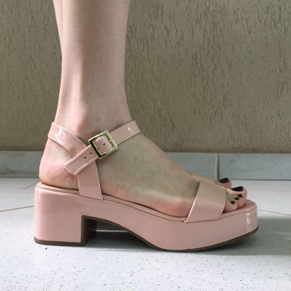 Sandália Flatform de Verniz Offline