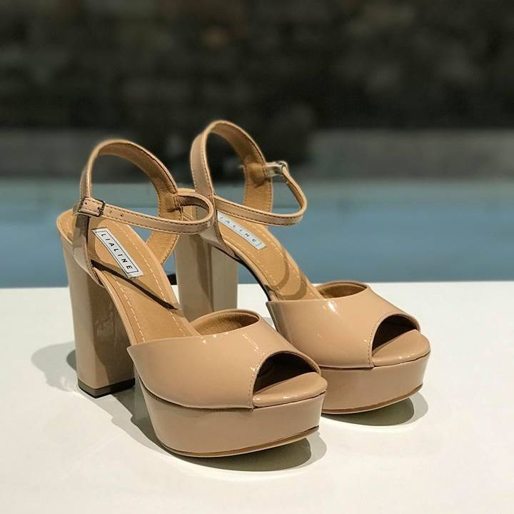 Sandália Meia Pata de Verniz Nude Lia Line