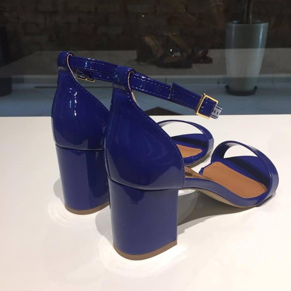 Sandália Verniz Azul Offline
