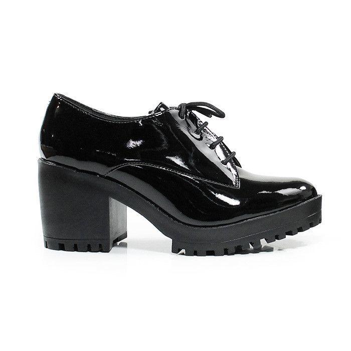 Sapato Oxford de Verniz Preto Lia Line
