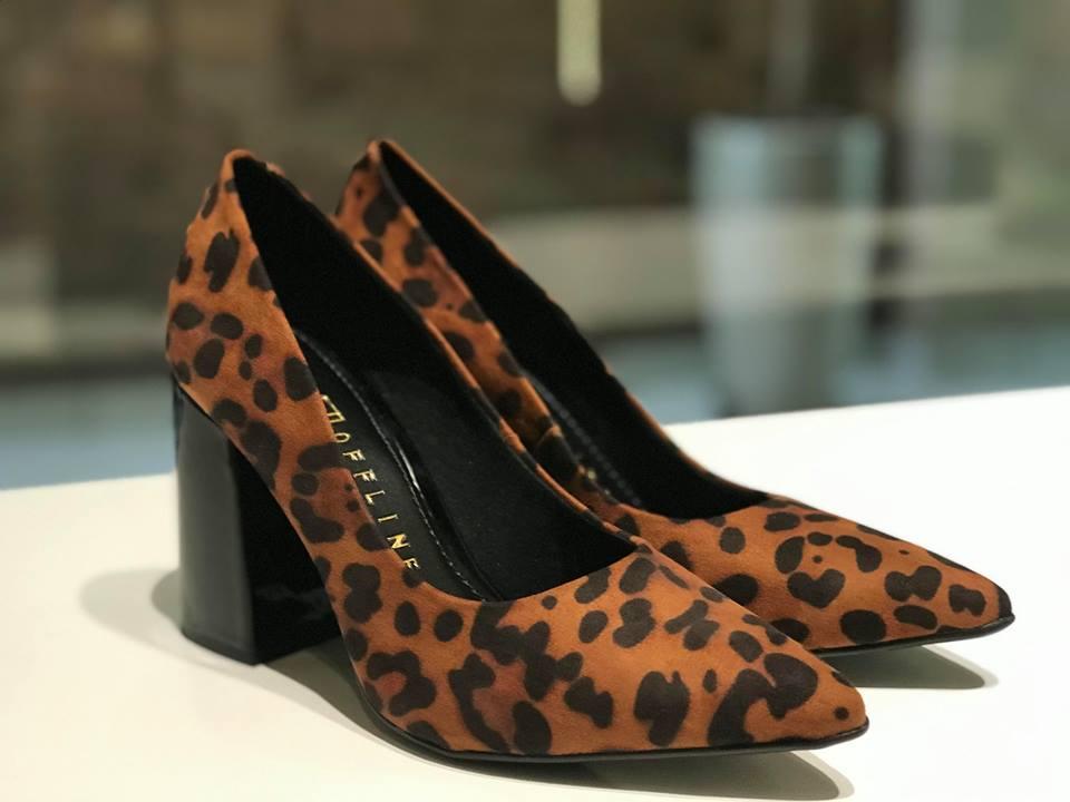 Scarpin com Salto Médio e Estampa de Leopardo Offline