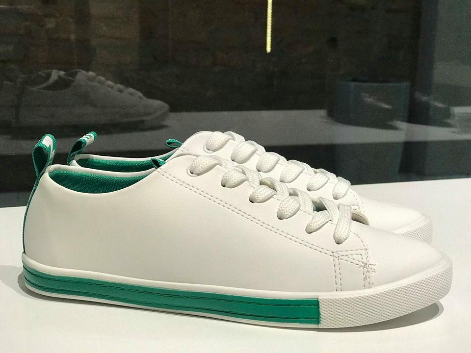 Tênis de Napa Branco com Detalhe de Gorgurão Verde Sua Cia