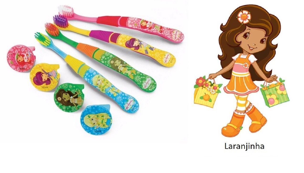 Escova dental Infantil Cerdas Macias com Capa Protetora Turma da Moranguinho - Laranjinha