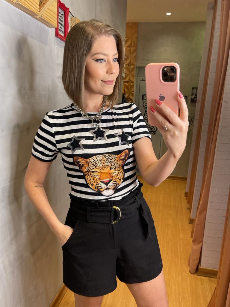 Blusa Naguchi com aplique frontal