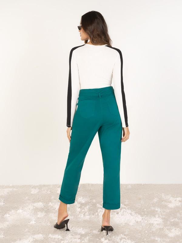 Blusa naguchi tricolor com recortes