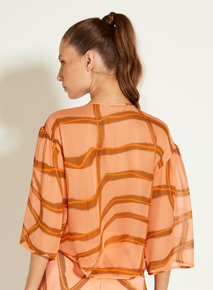 Blusa Open gola redonda estampada costas voil de seda