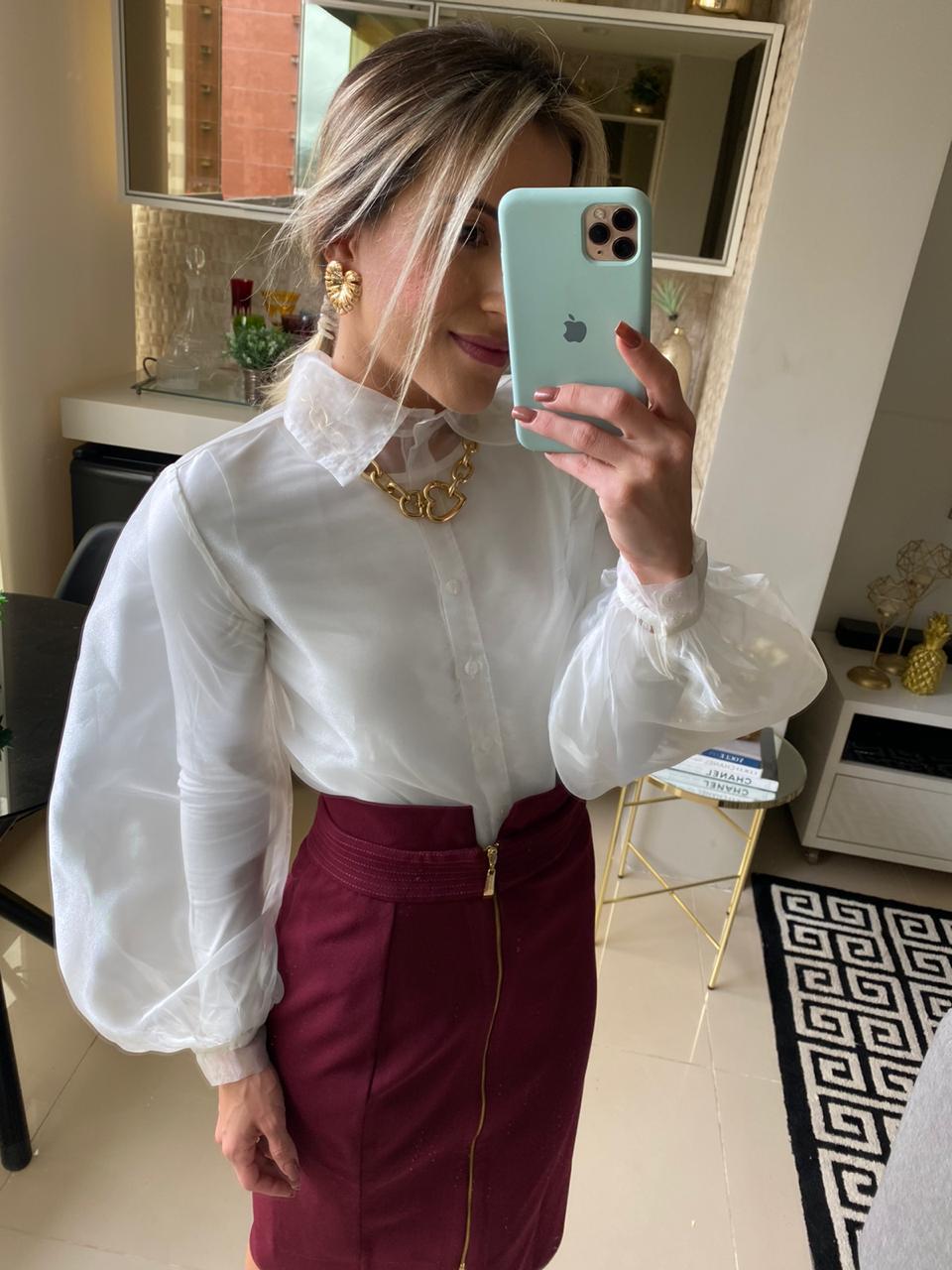 Camisa Mauy com manga bufante