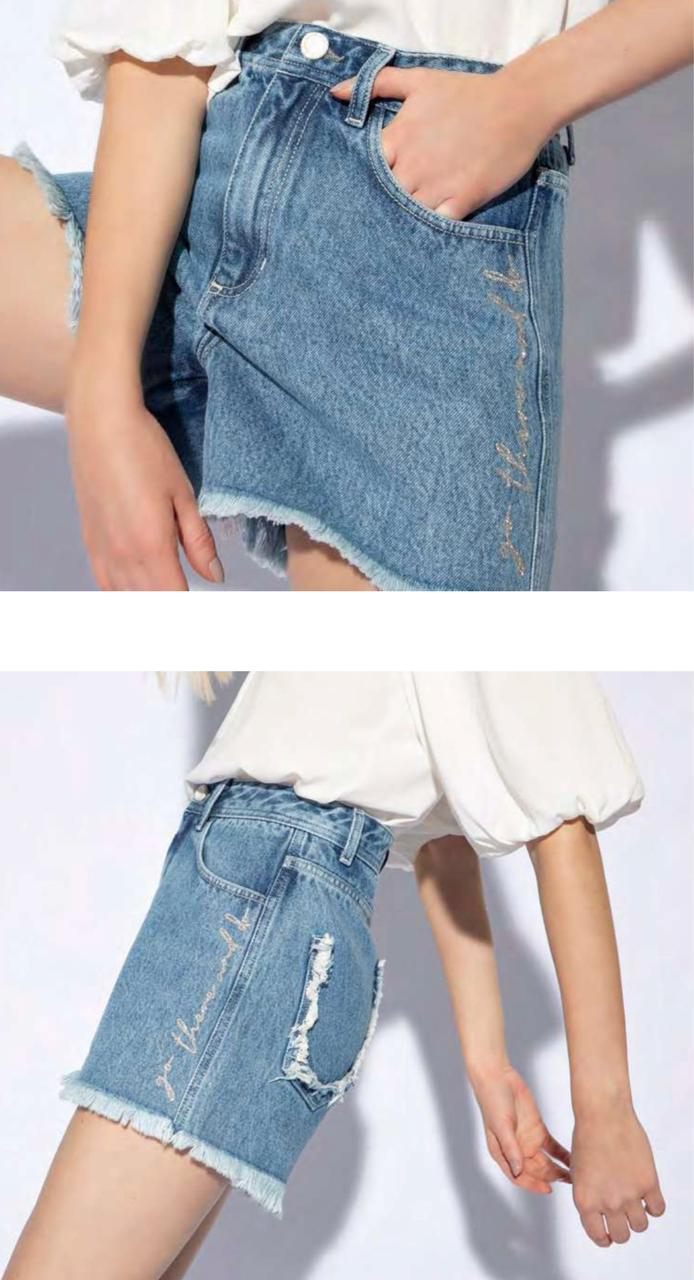 Short flor de lis jeans mom