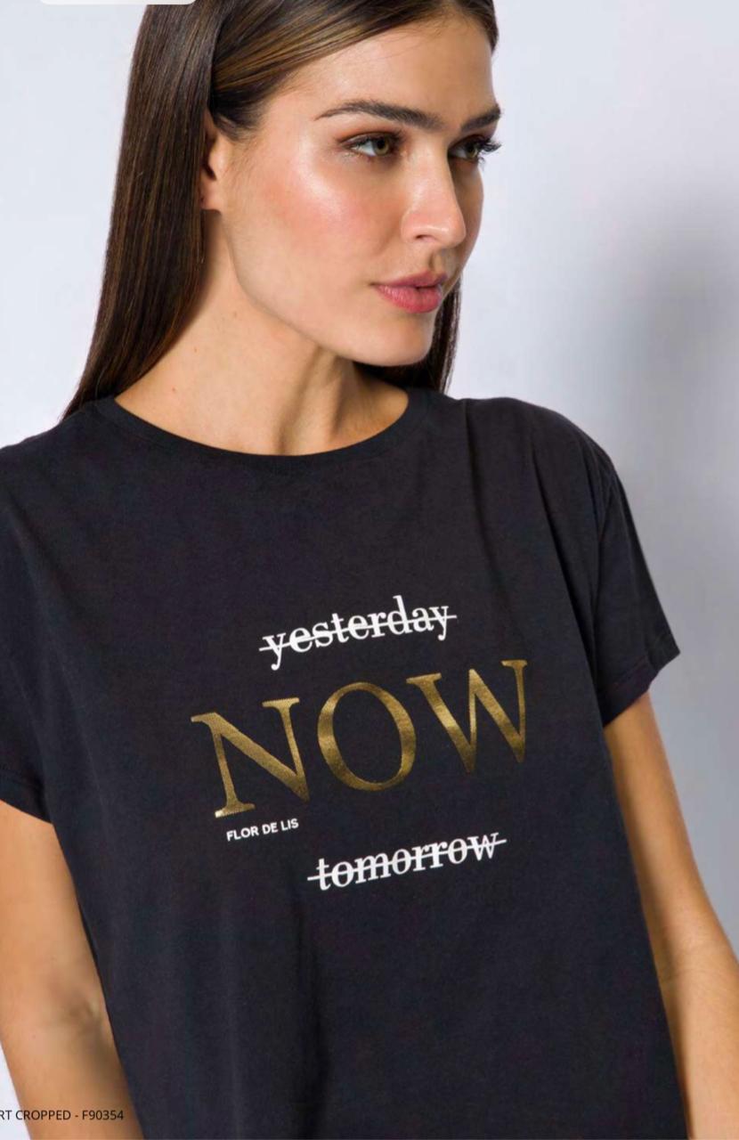 T-shirt flor de lis yesterday