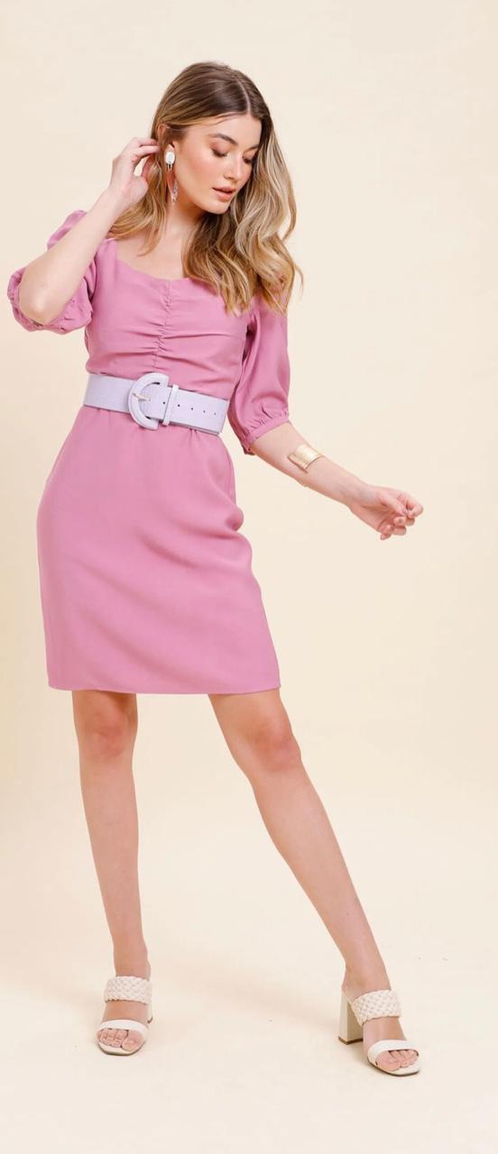 Vestido curto decote franzido