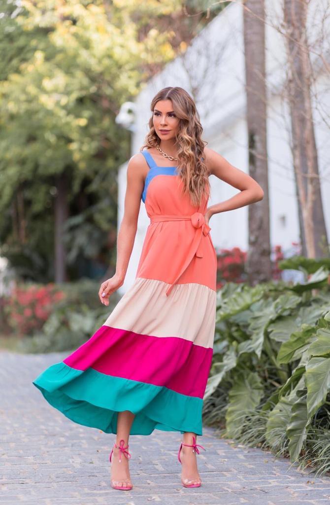 Vestido mídi camadas color