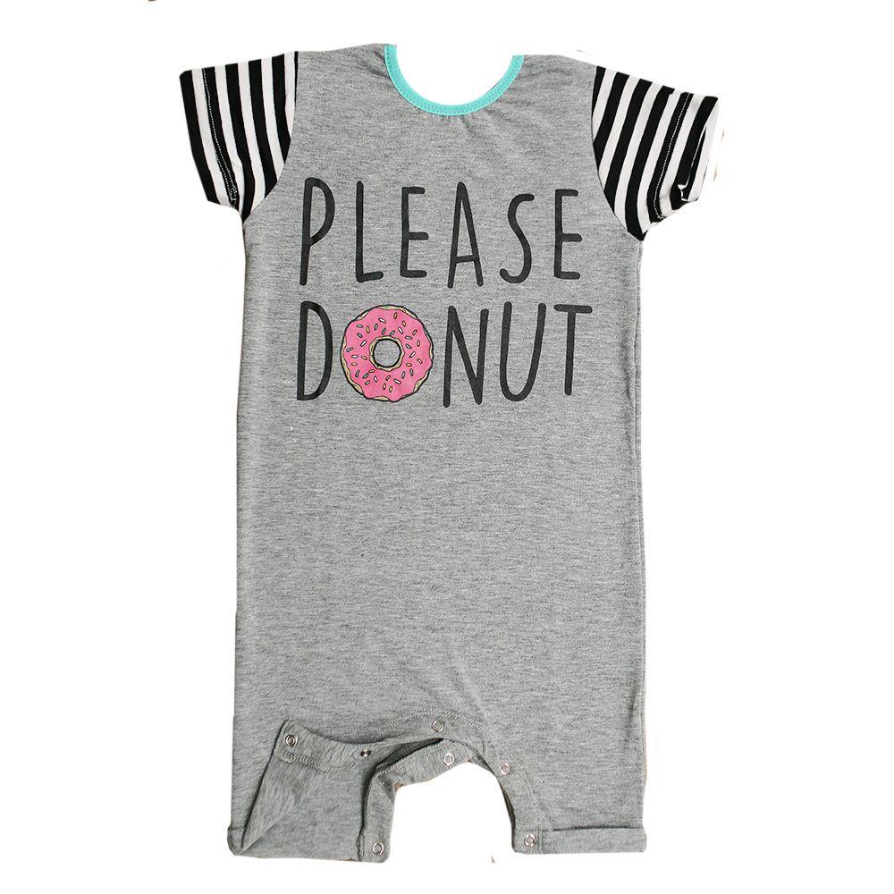 Macacão Curto Donuts Com Botão Cinza