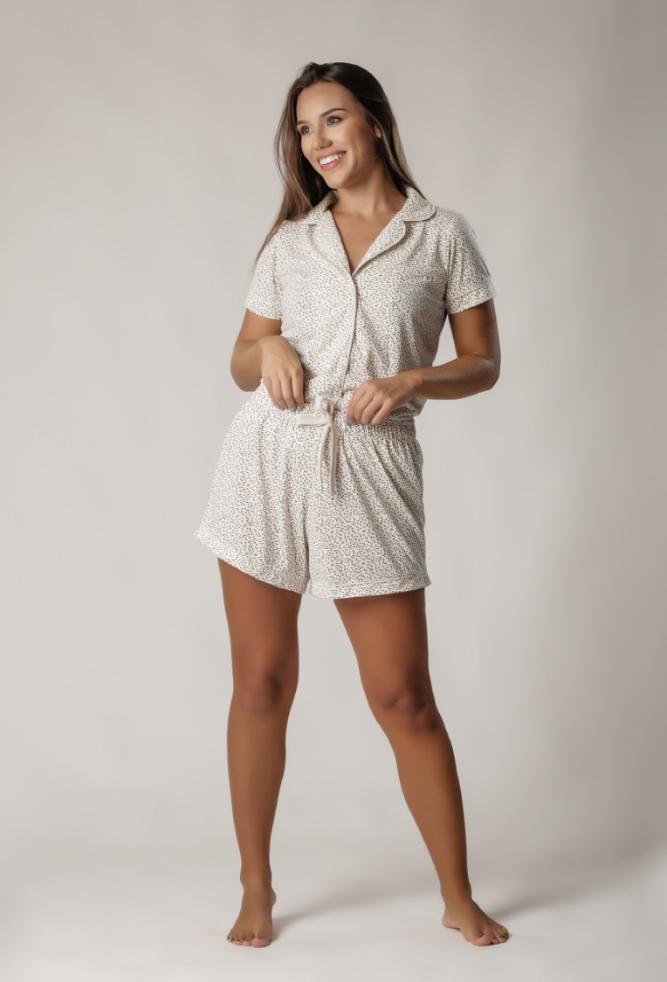 Pijama Feminino Comfy Manga Curta Bege