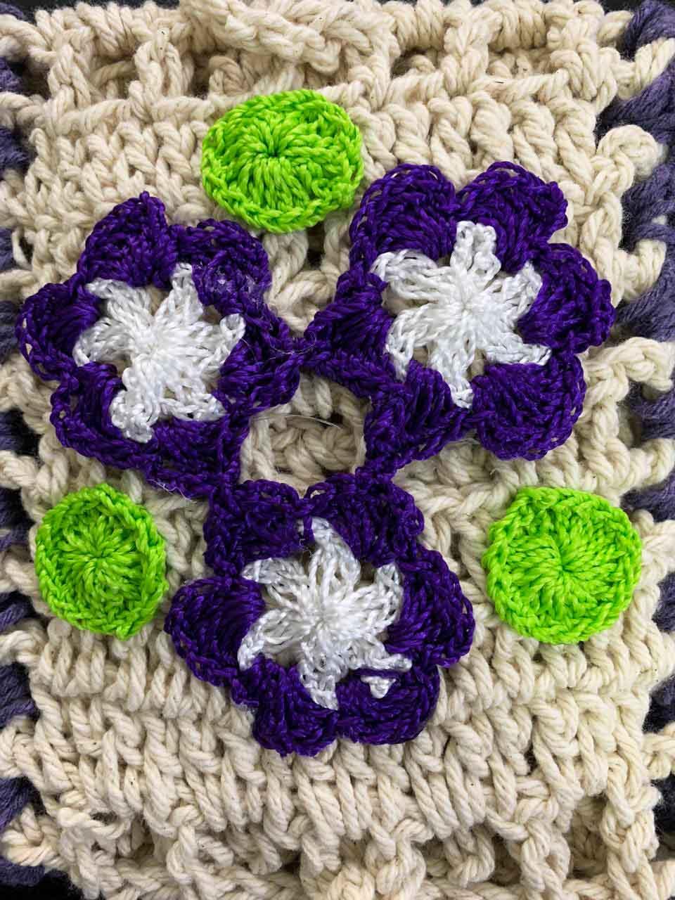 Porta Papel Higiênico Crochê com Flor