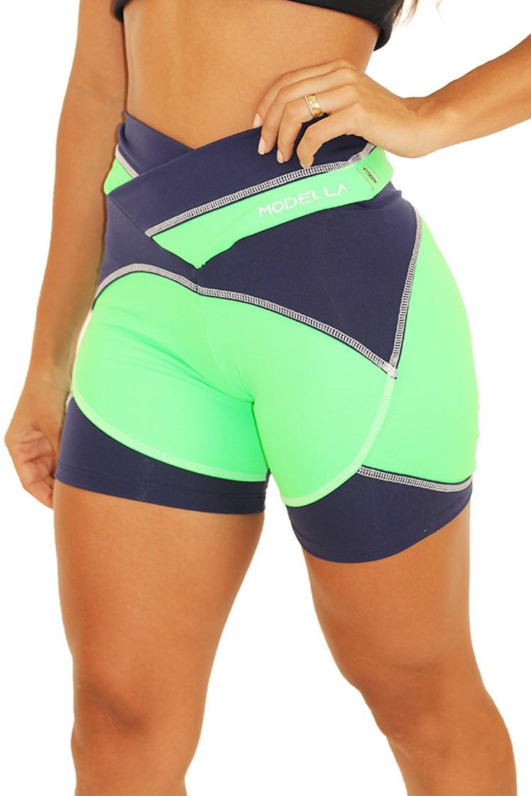 Shorts Com Recorte