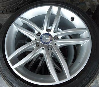 Calota Centro Miolo de Roda Mercedes Benz C180 C200 B180 B200 E320 E350 E420
