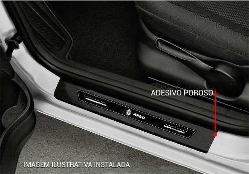 Soleira Protetora Porta Preta Platinum Fiat Argo 2017 2018 2019 2020 2021