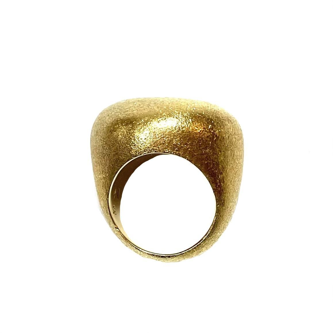 Anel Hstern Pedras Roladas Dourado