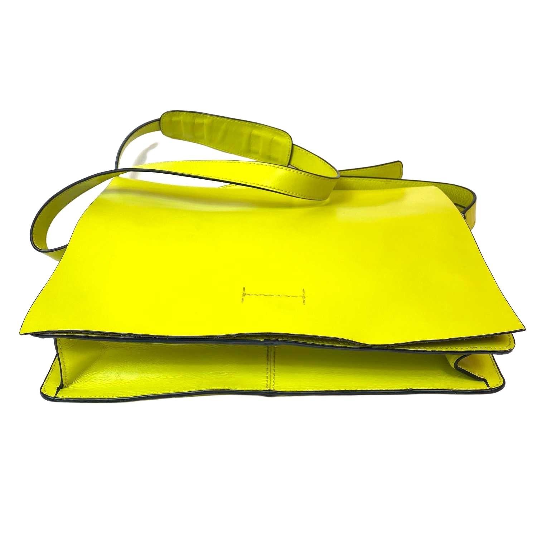Bolsa BCBG Messenger Verde Limão