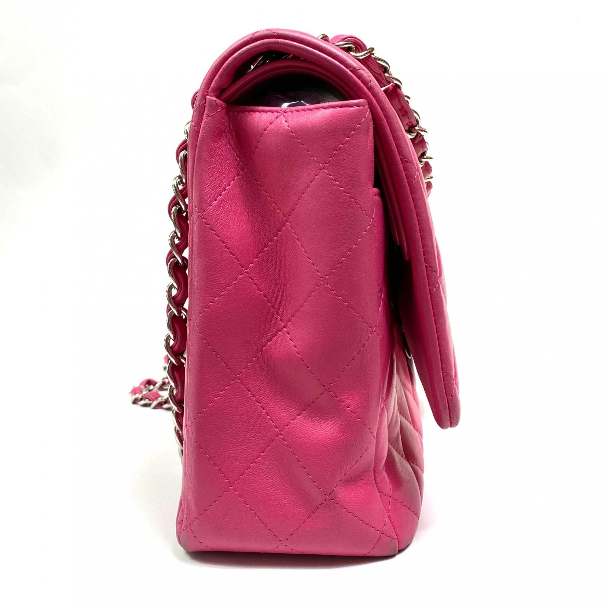 Bolsa Chanel Classic Flap Maxi Rosa