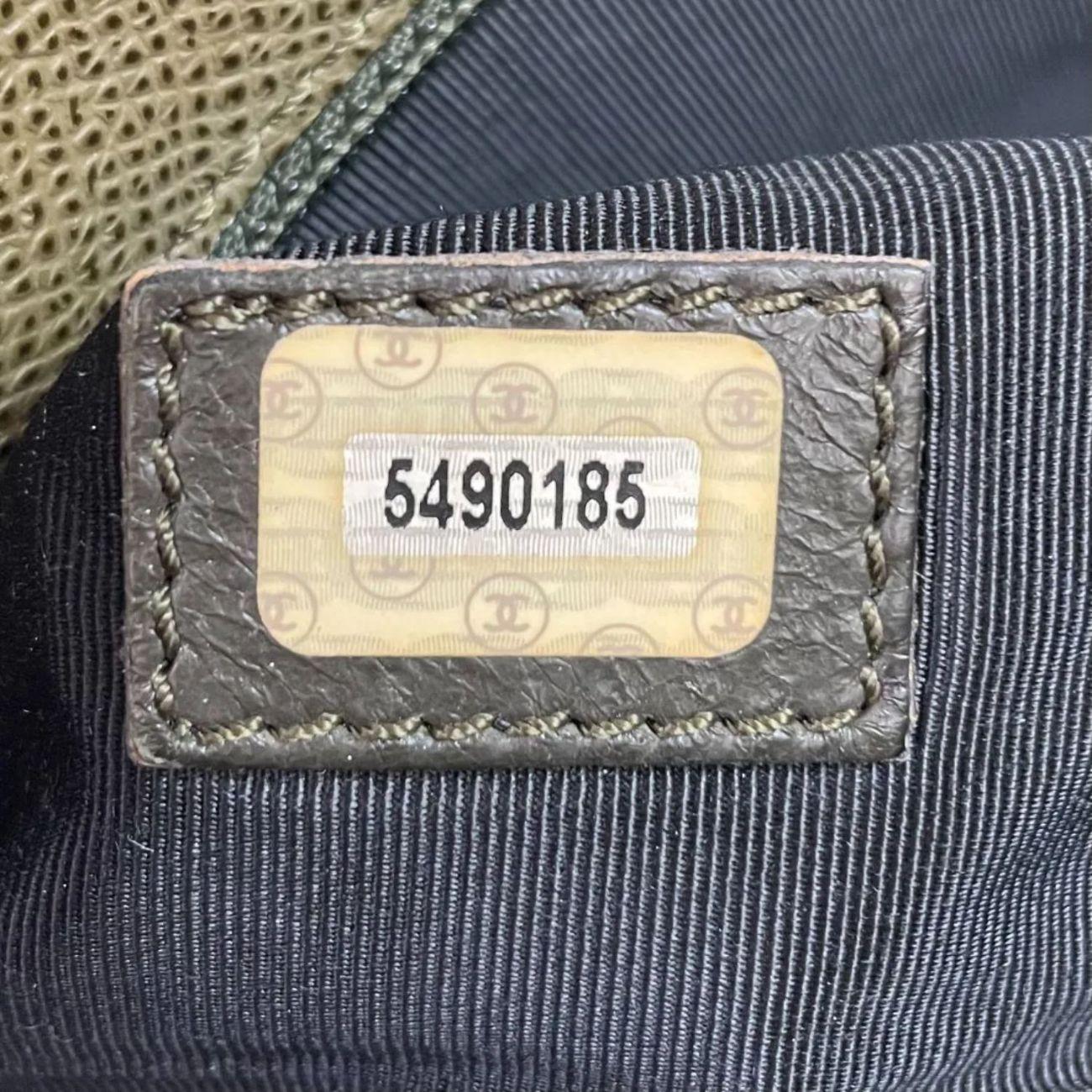 Bolsa Chanel Vintage Logo Verde Militar
