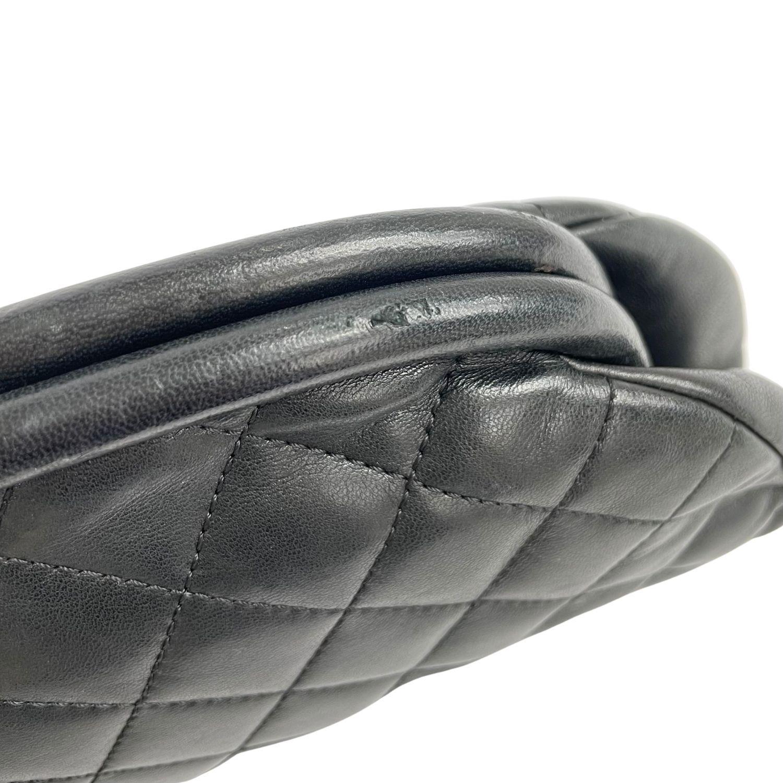 Bolsa Clutch Chanel Timeless Lambskin