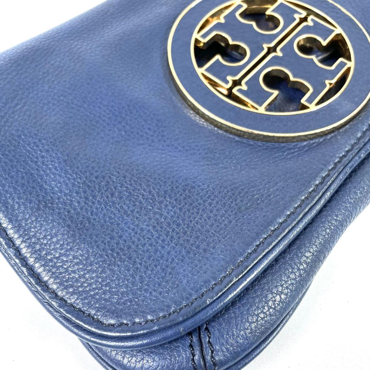 Bolsa Clutch Tory Burch Amanda Reva Azul