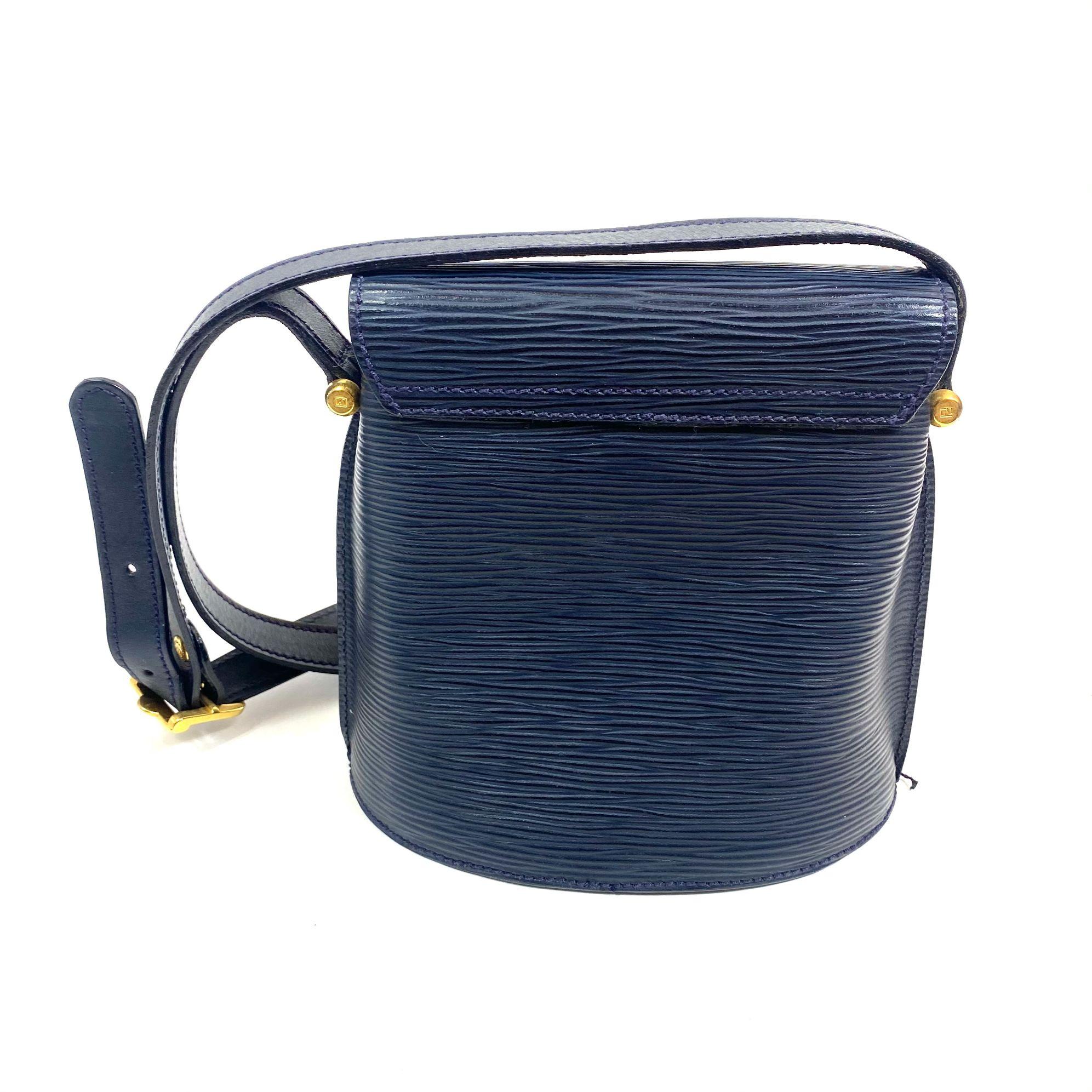 Bolsa Fendi FF Vintage Azul Marinho