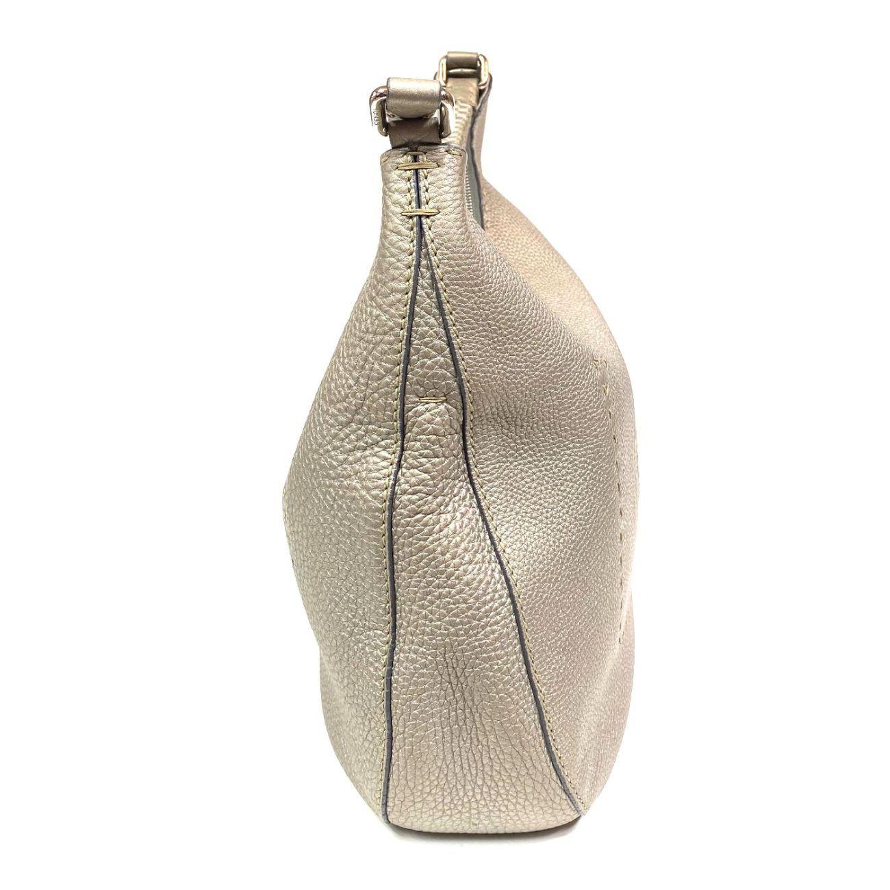 Bolsa Fendi Selleria Cinza Metalizado