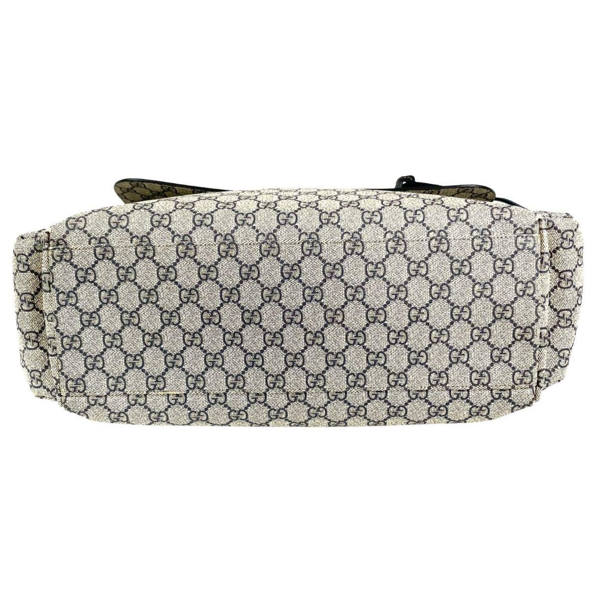 Bolsa Gucci Diaper Bag Monograma