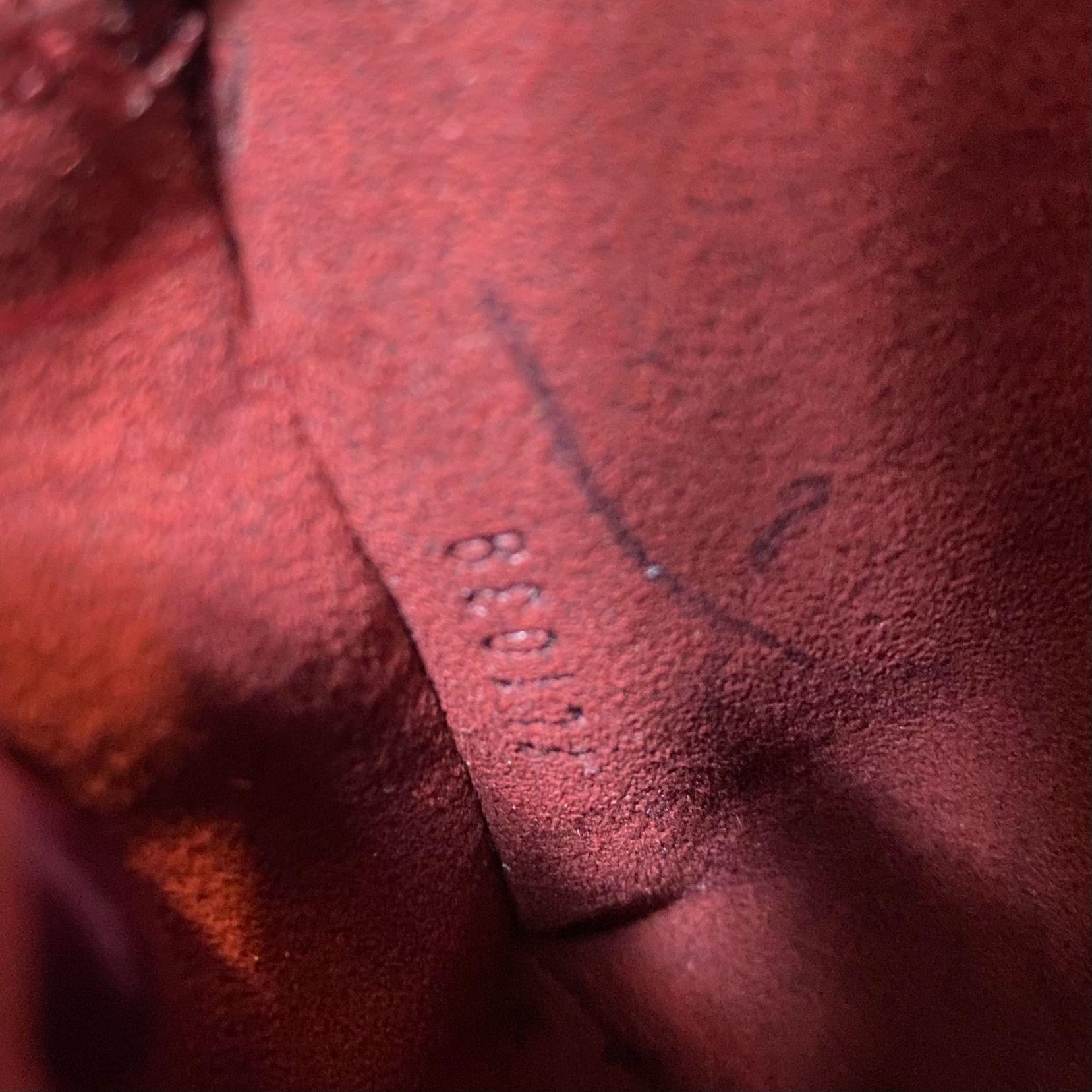 Bolsa Louis Vuitton Alma Epi Vinho
