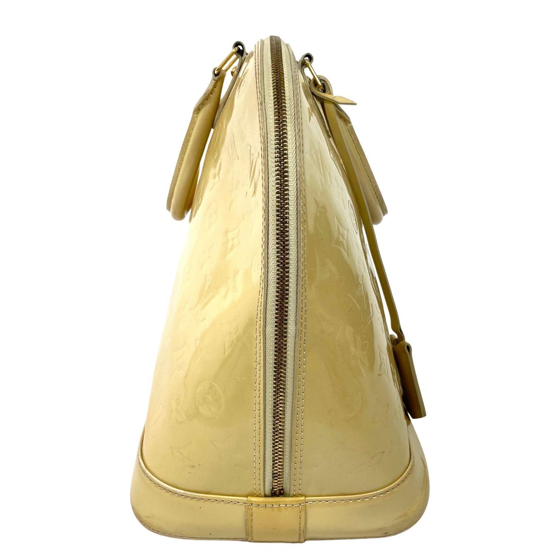 Bolsa Louis Vuitton Alma GM Verniz Marfim