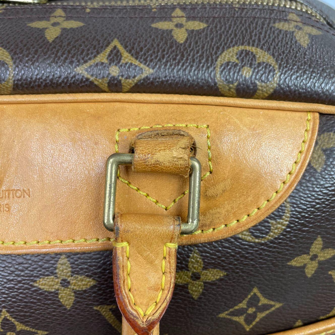 Bolsa Louis Vuitton Deauville Monograma