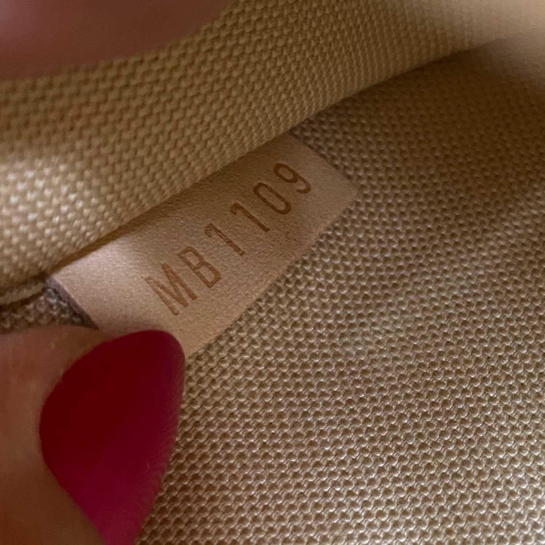 Bolsa Louis Vuitton Pochette Damier Azur