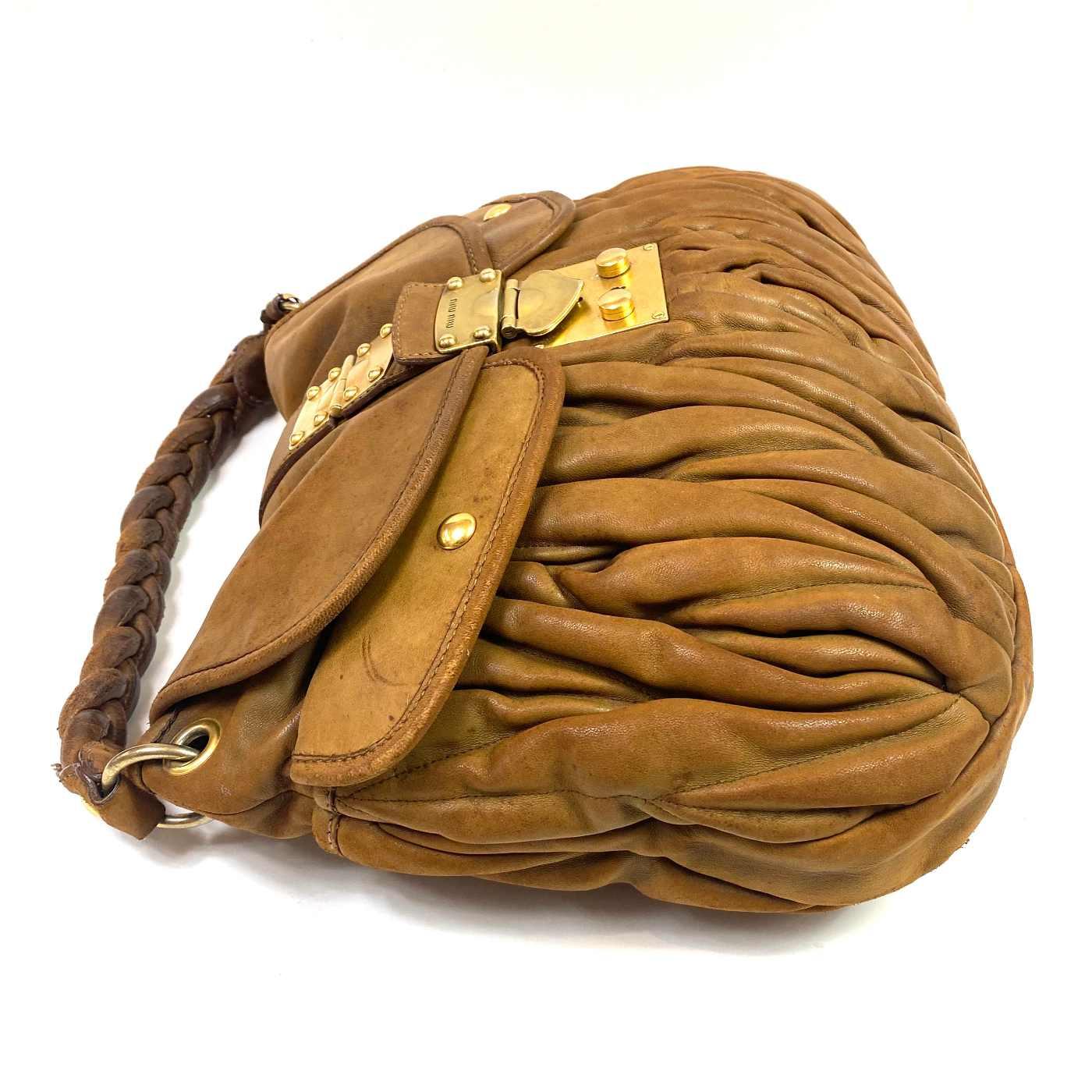 Bolsa Miu Miu Coffer Caramelo