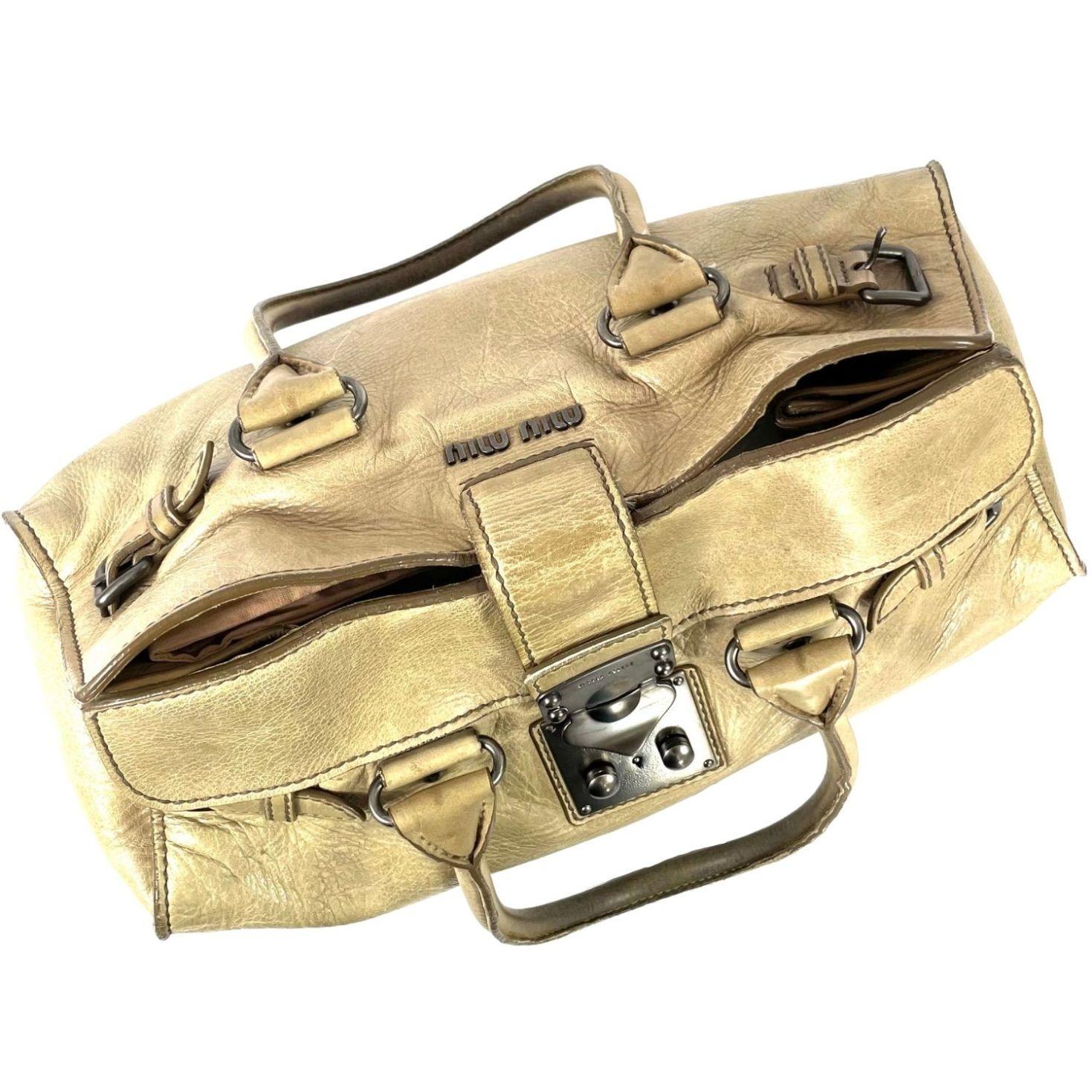 Bolsa Miu Miu Marfim