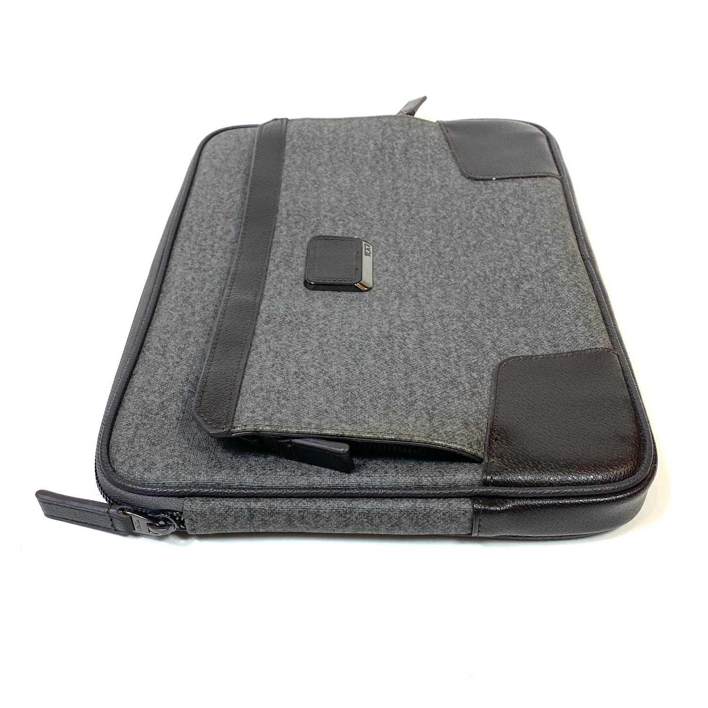 Case Notebook Tumi Cinza