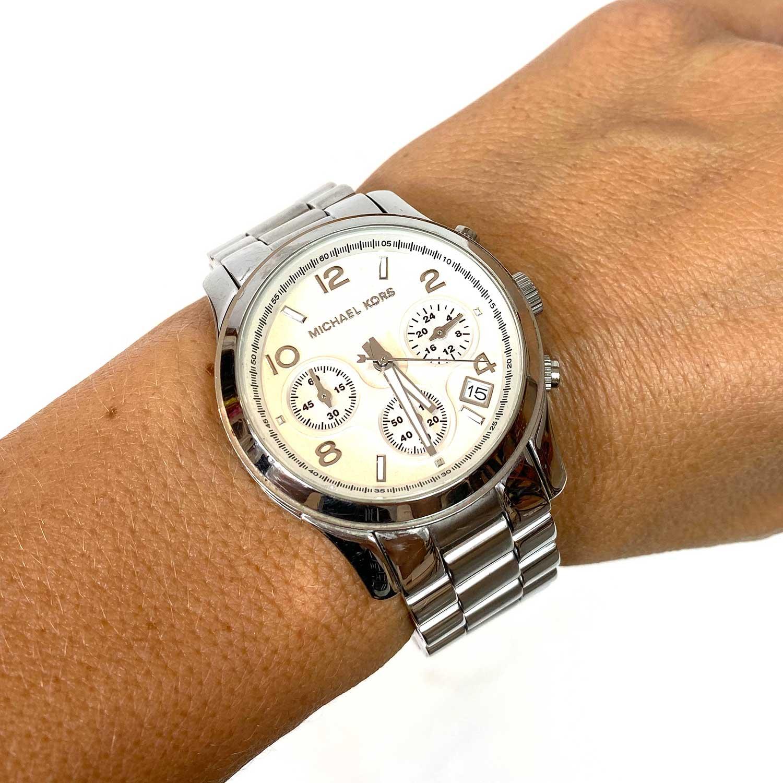 Relógio Michael Kors Prateado MK 5076