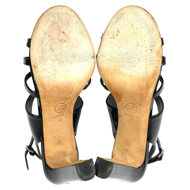 Sandália Chanel Camélia Verniz Preto