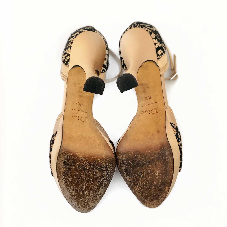 Sandália Dior Dourada com Renda Preta