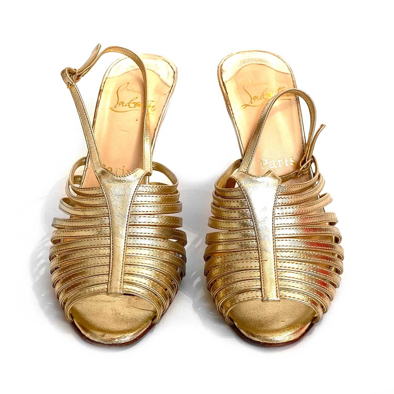 Sandália Louboutin Tiras Dourada